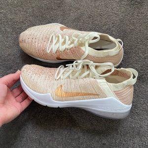 Nike metcons